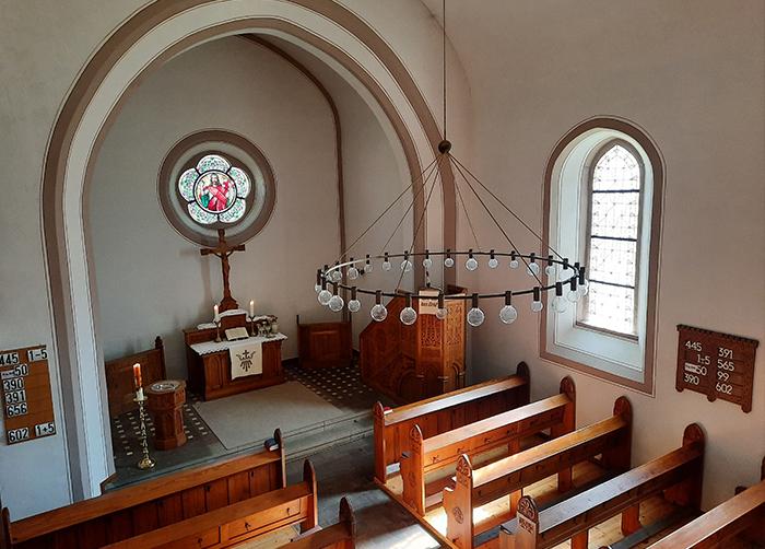 Erlöserkirche Büren - Innenansicht